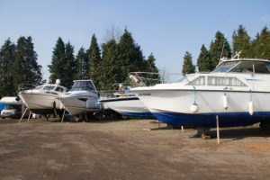 Store your boat ashore at our Thames-side boatyard